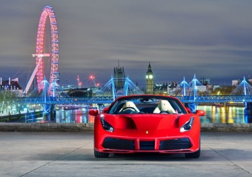 Ferrari-488-Spider-London-2