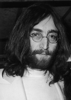 John Lennon © Stringer / Getty Images