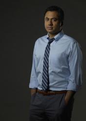"DESIGNATED SURVIVOR - ABC's ""Designated Survivor"" stars Kal Penn as Seth Wheeler. (ABC/Bob D'Amico)"