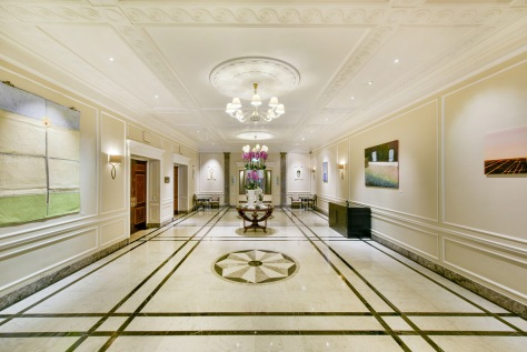 Hyatt-Regency-London-Churchill-Saatchi-Library-Foyer