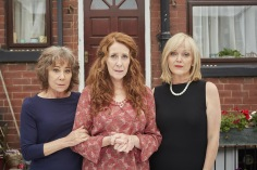 FROM ROLLEM (GIRLFRIENDS) LTD GIRLFRIENDS Picture shows: ZOE WANAMAKER as Gail Stanley, PHYLLIS LOGAN as Linda Hutchinson and MIRANDA RICHARDSON as Sue Thackery Kay Mellor's brand new ITV drama Girlfriends is a contemporary story of Linda (Phyllis Logan), Sue (Miranda Richardson) and Gail (Zoë Wanamaker) as they struggle with the responsibilities and inevitable changes that come with being a modern woman of a certain age... But true friendship remains the same no matter how many years have passed. After the dramatic and sudden death of Linda's husband Micky, childhood friends Linda,, Sue and Gail find themselves back together again. Each has their own problems to face. This photograph is (C) iTV/Rolem (Girlfriends) Ltd and can only be reproduced for editorial purposes directly in connection with the programme or event mentioned above. Once made available by ITV plc Picture Desk, this photograph can be reproduced once only up until the transmission [TX] date and no reproduction fee will be charged. Any subsequent usage may incur a fee. This photograph must not be manipulated [excluding basic cropping] in a manner which alters the visual appearance of the person photographed deemed detrimental or inappropriate by ITV plc Picture Desk. This photograph must not be syndicated to any other company, publication or website, or permanently archived, without the express written permission of ITV Plc Picture Desk. Full Terms and conditions are available on the website www.itvpictures.com For further information please contact: Patrick.smith@itv.com 0207 1573044