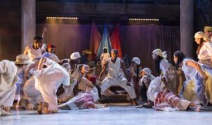 CARMEN LA CUBANA, , Music - George Bizet, Musical Direction - Manny Schvartzman , Director - Kurt Crowley, Designs - Tom Piper, Theatre Chatelet, Paris, 2016, Credit: Johan Persson