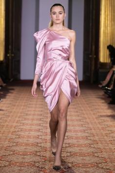 London UK. 15th September 2018. Zaynep Kartal shows her Spring Summer 2019 designs at her catwalk show. © Chris Yates