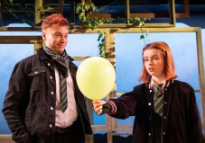 The-Girl-Who-Fell-Trafalgar-Studios-Review